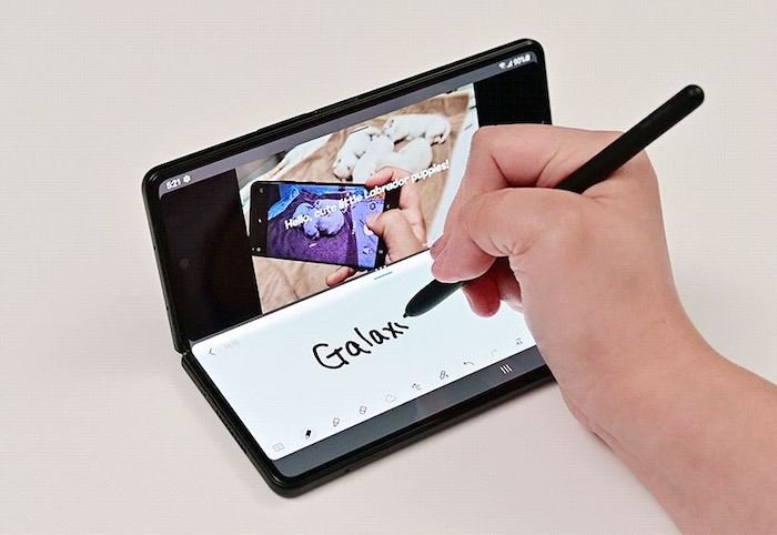 Recently, foldable electronics have taken off with the concept of foldable phones.