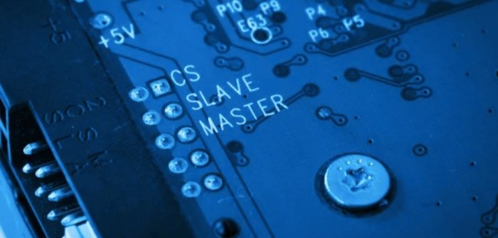 Master and slave used on a circuit board