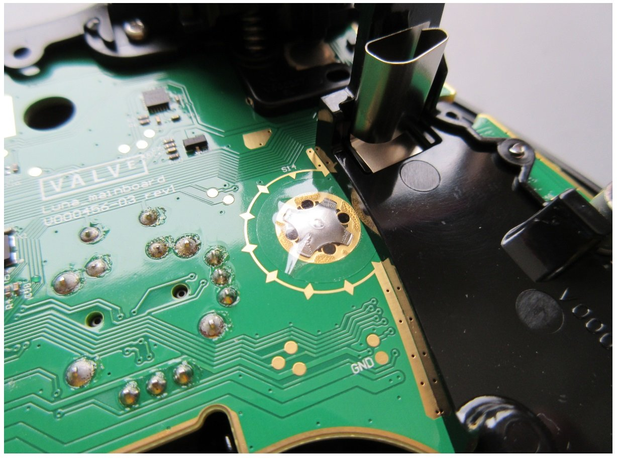 Teardown Tuesday Steam Gaming Controller News Electronic Circuit Pcb Board Assembly With Surface Mount Now You May Notice That This Also Utilizes Tactile Switches Are Not Mounted Devices But Rather They Merely Held In Place Clear