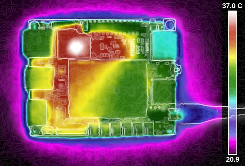 Thermal image of temperature variations on a PCB