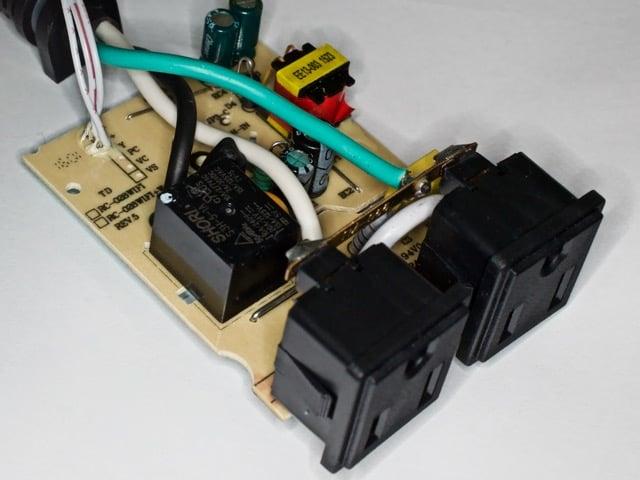 AC PCB的顶部