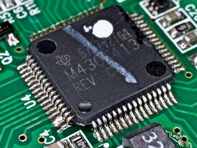 TI MSP430F14