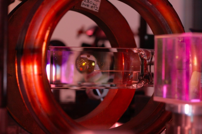 shrink devices used in quantum sensing systems