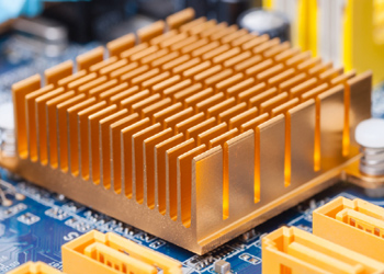 How To Keep A Power Transistor Cool Using A Heat Sink