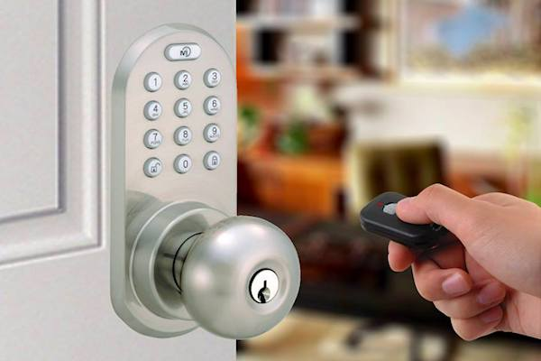 teardown tuesday keyless entry door lock news. Black Bedroom Furniture Sets. Home Design Ideas
