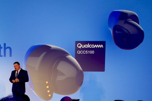 a6f6cf09e4b CES 2018 Reveal: Qualcomm's QC55100 Audio SoC Aims to Make Low-Power Earbuds