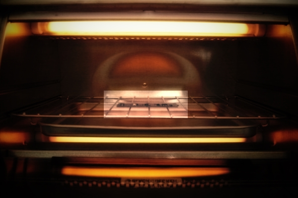 Hack Your Toaster Oven To Become A Thermocouple